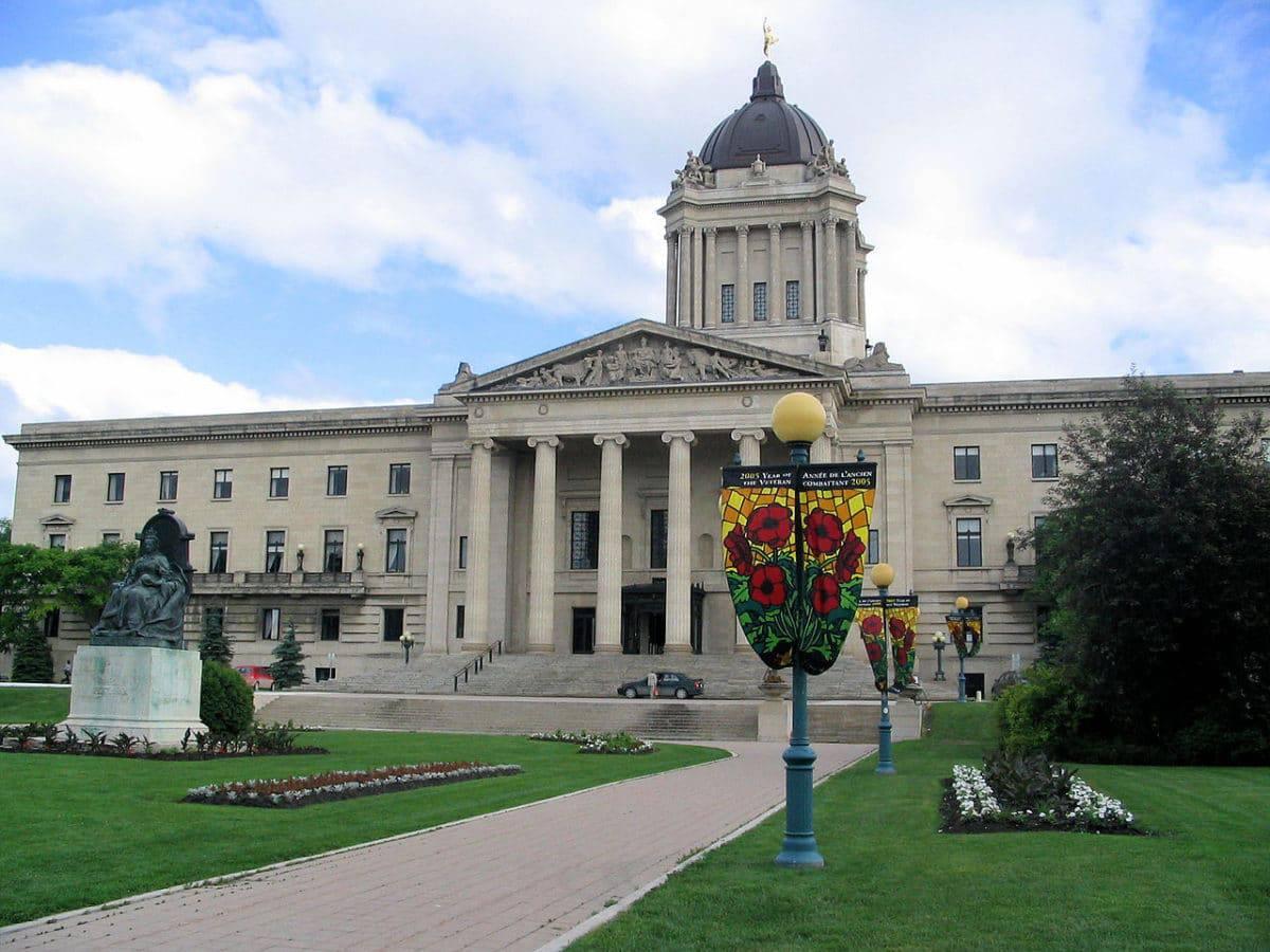 Plus de 500 candidats reçoivent des invitations au Manitoba