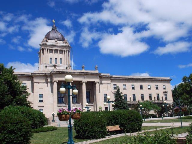 Augmentation des notes minimale dans le dernier tirage de 2018 au Manitoba