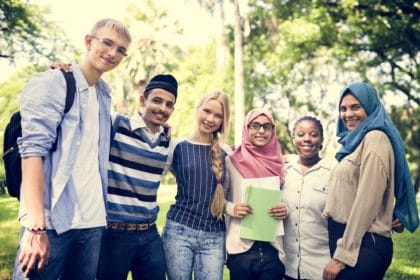 Pakistani students Study in Canada, Canada Study Permit, Canada's top 10 universities