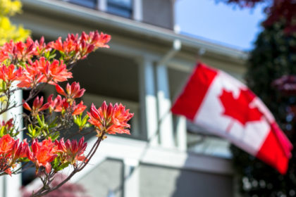 Canada's Middle Class Are Better Off Than Americans, Report Shows