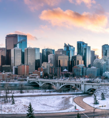 Recent Alberta Express Entry Draws See CRS Scores Drop to 300