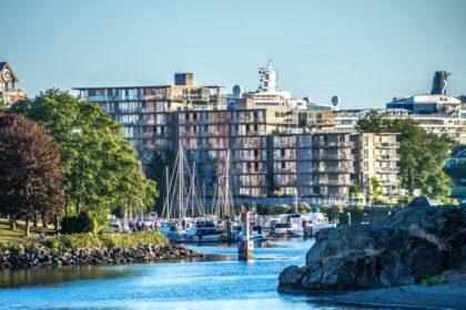 British Columbia Draw: Province Issues 373 Immigration Invitations