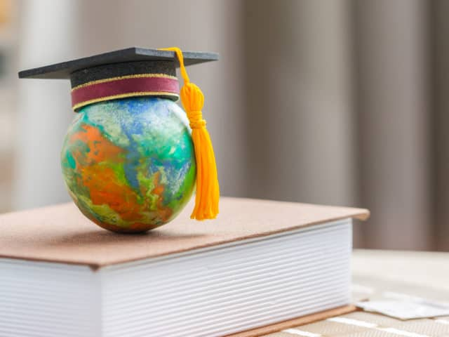 International Students Crucial to Canada's Economic Recovery, Study Shows